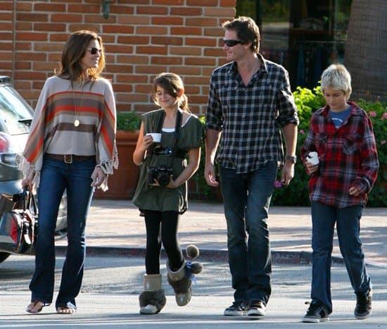 Cindy Crawford with her husband Rande Gerber and her children Kaia Jordan Gerber and Presley Walker Gerber