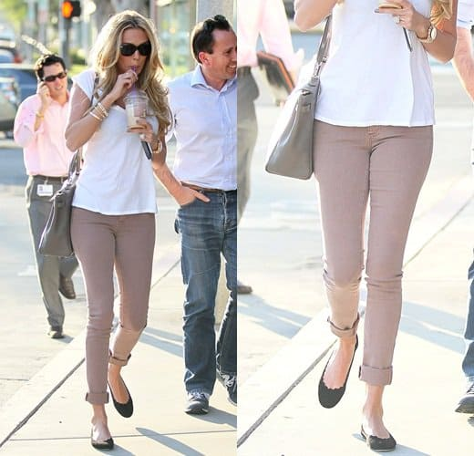 Petra Ecclestone having coffee with friends at The Coffee Bean and Tea Leaf