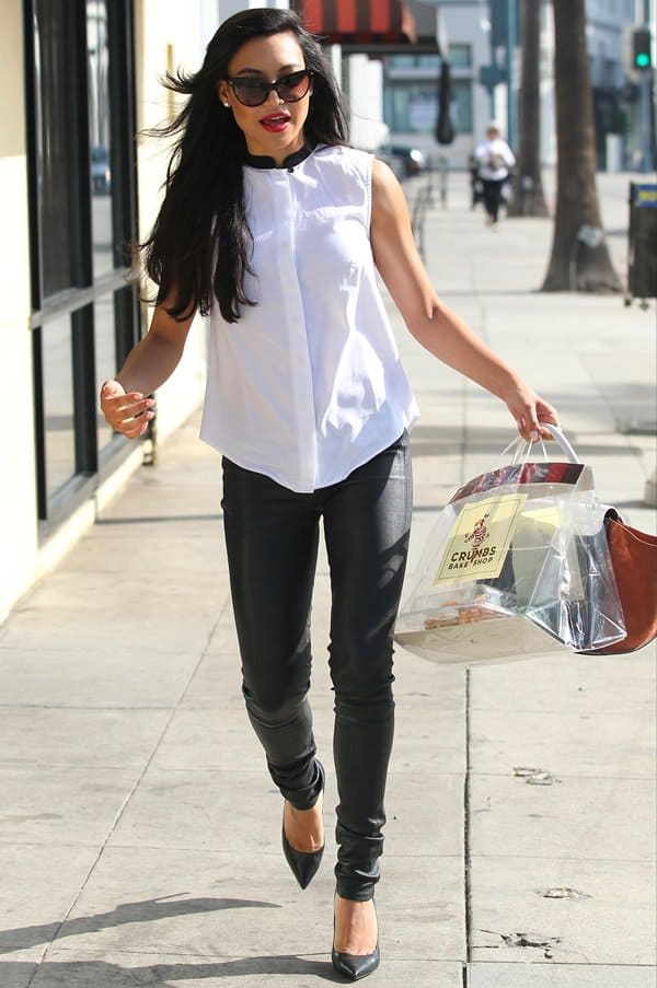 Naya Rivera visits Crumbs Bake Shop on Little Santa Monica in Beverly Hills