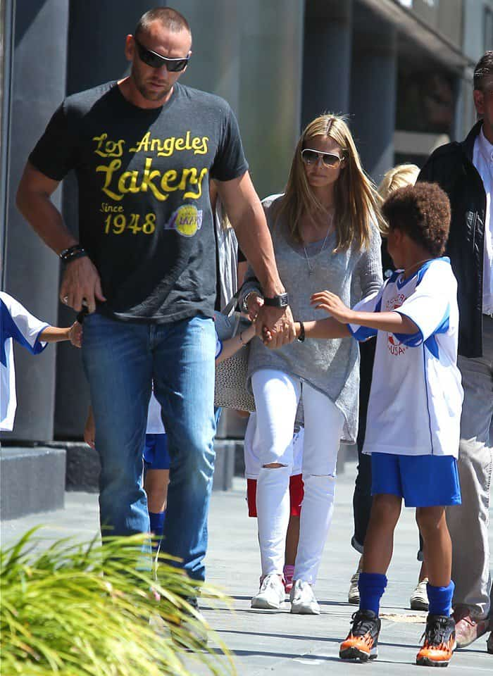 Heidi Klum and her kids heading to Toscana in Brentwood for lunch in Los Angeles on April 6, 2013