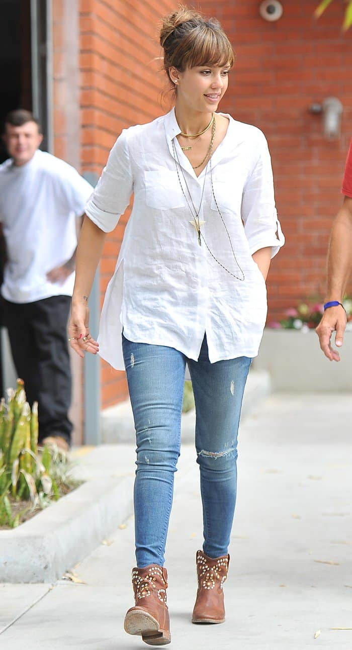 Jessica Alba wearing ripped Black Orchid jeans