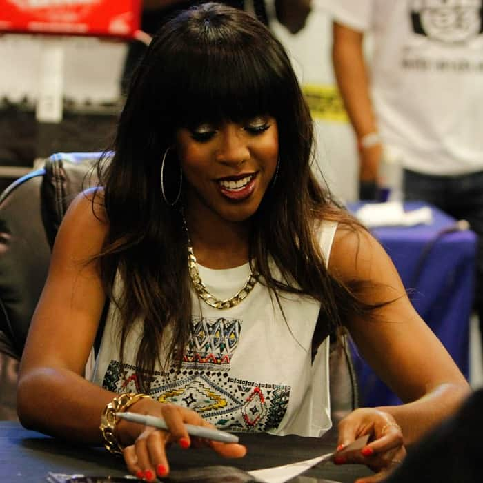 Kelly Rowland at the promotion for her new album, 'Talk a Good Game', at Best Buy in Union Square, New York City on June 18, 2013