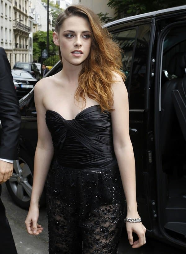 Kristen Stewart at the Zuhair Murad show at Paris Fashion Week Haute Couture Fall/Winter 2013–2014 in Paris on July 4, 2013