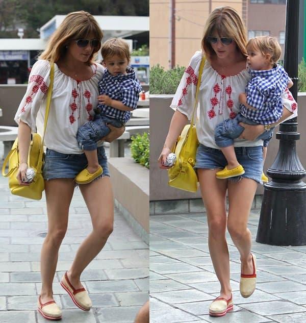 Selma Blair wearing Siwy Jeans 'Camilla' cut off shorts