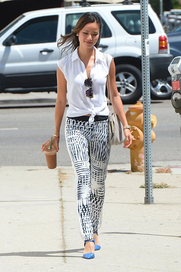 Jamie Chung treating herself to a beverage from Beverly Hills Juice in Los Angeles on July 16, 2013