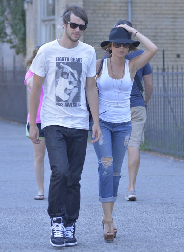 Sarah Hyland and Mark Prokop out in New York
