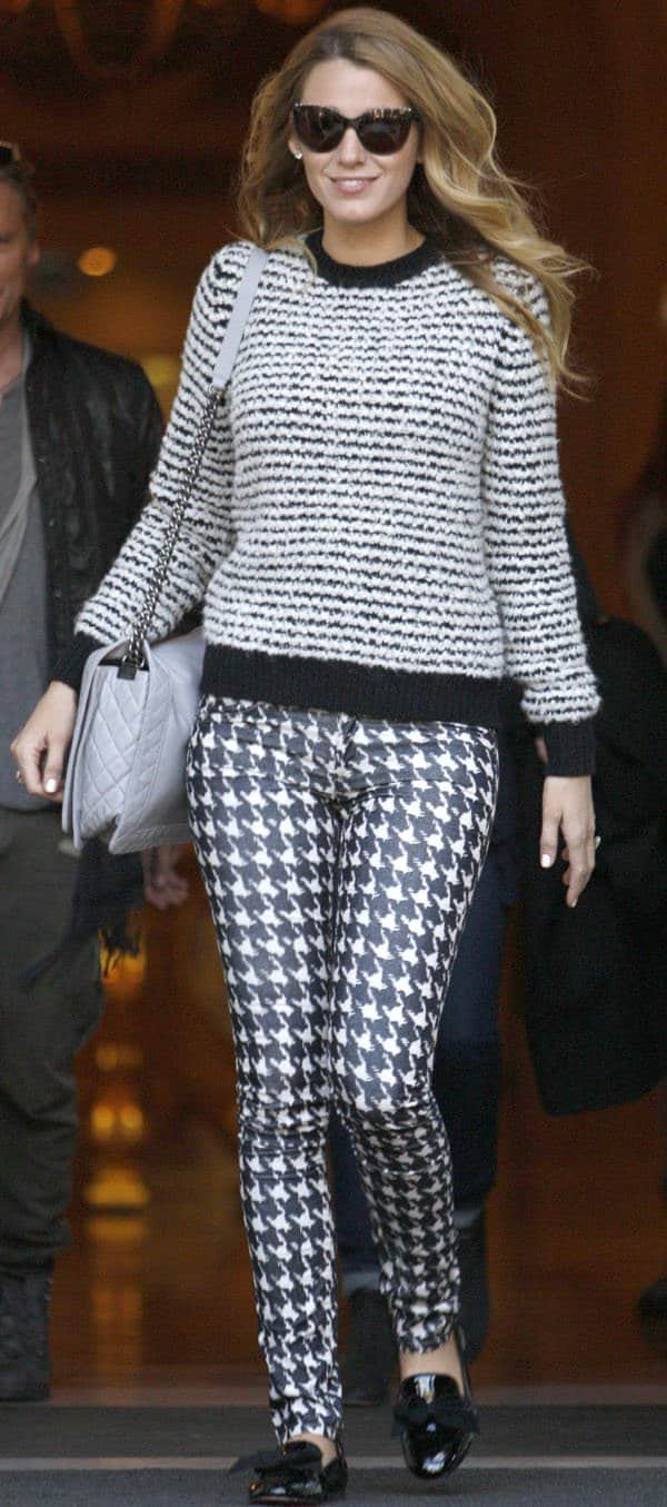 Blake Lively flaunts her legs in Isabel Marant houndstooth corduroy jeans