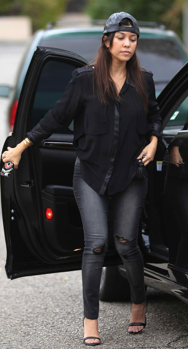 Kourtney Kardashian in Black Orchid 5