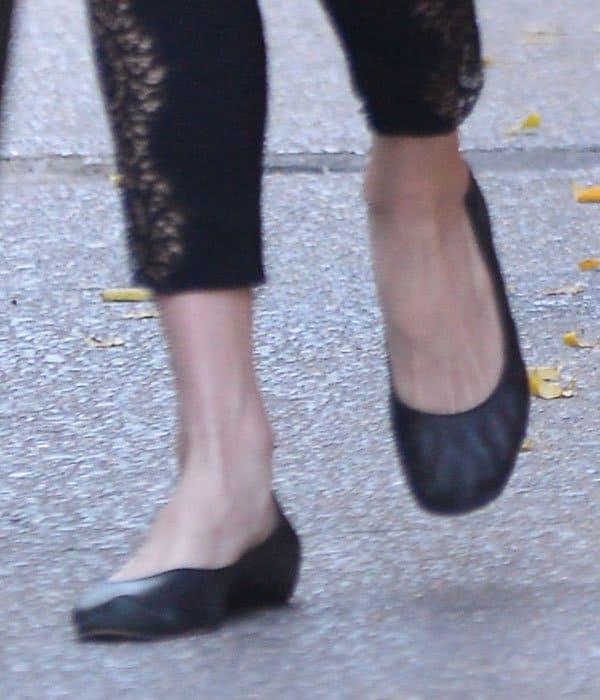 Liv Tyler wearing Lanvin metallic flats