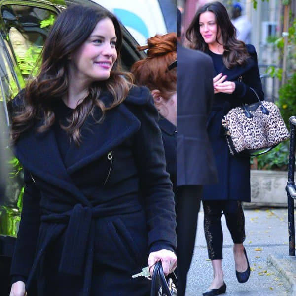 Liv Tyler shows us how to do texture on an all-dark-hued winter outfit