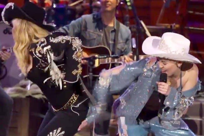 Miley Cyrus Madonna MTV Unplugged 2