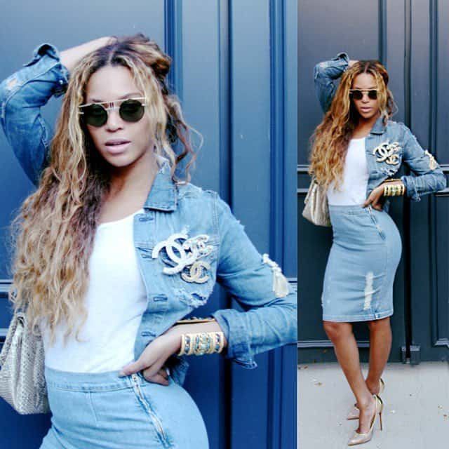 Beyoncé Giselle Knowles-Carter's Frame Denim's distressed denim pencil skirt has a hint of stretch and a back vent for ease