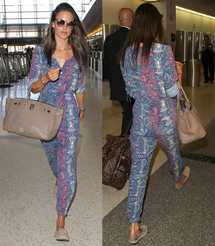 Alessandra Ambrosio arrives at Los Angeles International (LAX) airport in California on August 31, 2015