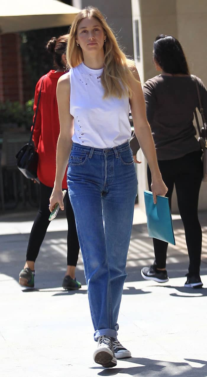 Whitney Port leaves a salon in Beverly Hills